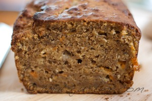moist baked apricot bread