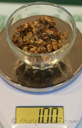 1 oz of homemade granola-low sugar